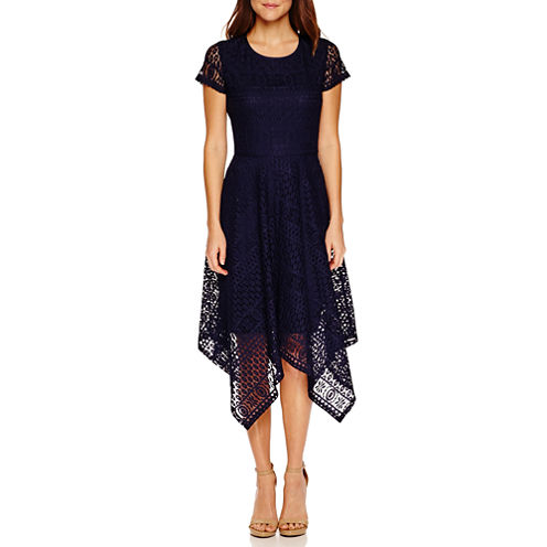 Ronni Nicole Short Sleeve Lace Pattern Maxi Dress