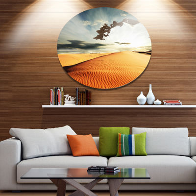 Design Art Sahara Desert and Cloudy Sky OversizedLandscape Metal Circle Wall Art