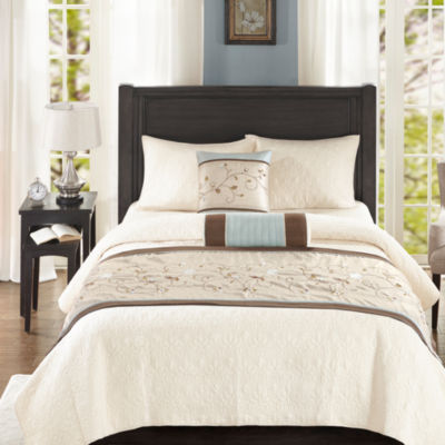Madison Park Essentials Grace Bedscraf and Pillow Set