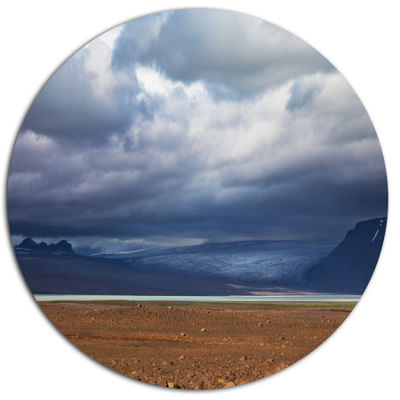 Designart Stretch of Land under Blue Sky LandscapeMetal Circle Wall Art