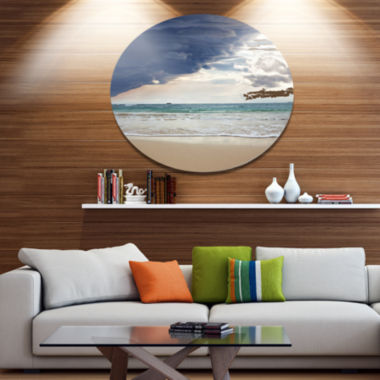 Designart Heavy Clouds over Pacific Ocean SeascapeMetal Circle Wall Art