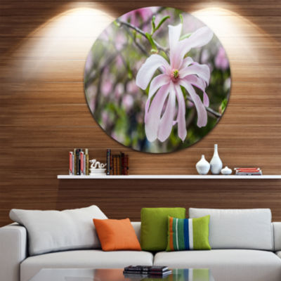 Design Art Beautiful Magnolia Flowers Large FloralRound Circle Metal Wall Art