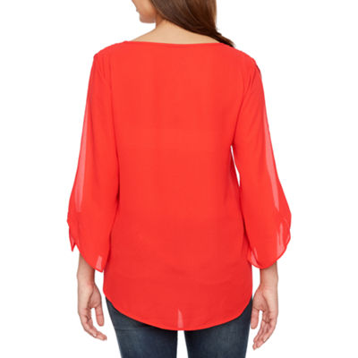 Bold Elements Cross Front Split Sleeve Top