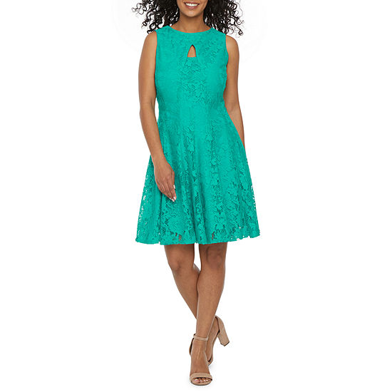 Danny & Nicole-Petite Sleeveless Floral Lace Fit & Flare Dress
