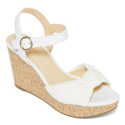 Liz Claiborne Womens Kenzie Wedge Sandals
