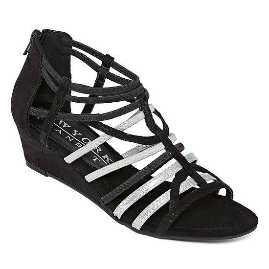 New York Transit Womens Impressed Again Wedge Sandals