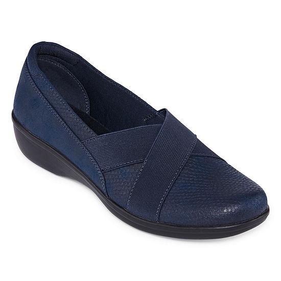 Yuu Womens Darling Slip-On Shoe