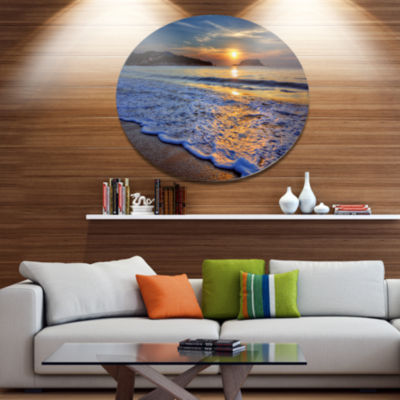 Design Art Calm Seashore with Blue Waves SeashoreMetal Circle Wall Art