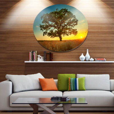 Design Art Big Green Tree in Summer Field Trees Metal Circle Wall Art