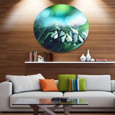 Design Art Little White Flowers on Green Disc Landscape Wall Art on Metal Wall