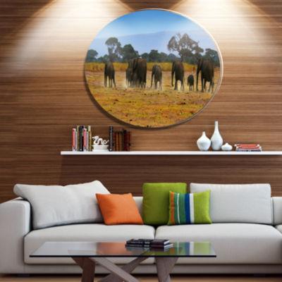 Design Art Memory of African Wild Elephants African Metal Circle Wall Art