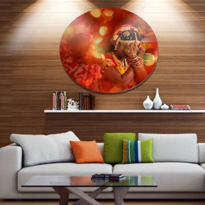 Design Art Bride in Typical Hindu WeddingPortraitMetal Circle Wall Art