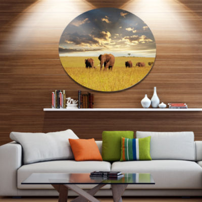 Design Art Group of Elephants in Africa African Metal Circle Wall Art