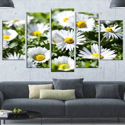 Designart Spring Background With White Flowers Large Floral Canvas Art Print - 5 Panels