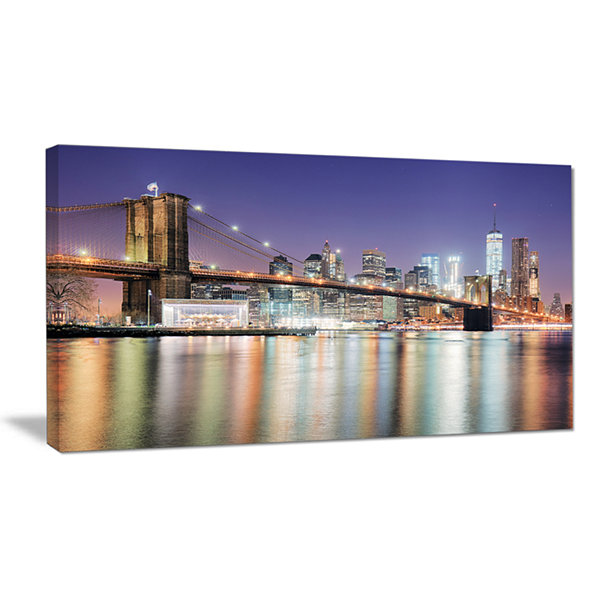 Designart New York City With Freedom Tower Canvas Art