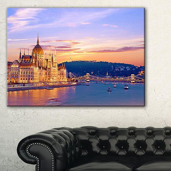Designart Parliament And Bridge Over Danube Canvas Art