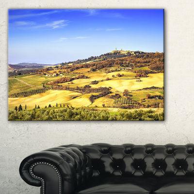Designart Pienza Medieval Village Italy Canvas Art