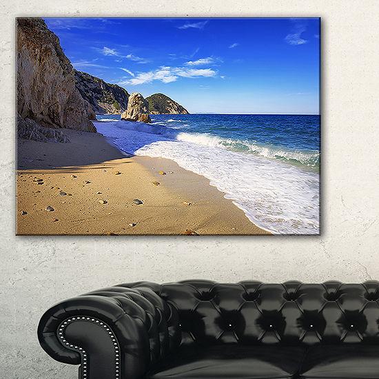 Designart Portoferraio Sansone Sorgente Beach Canvas Art