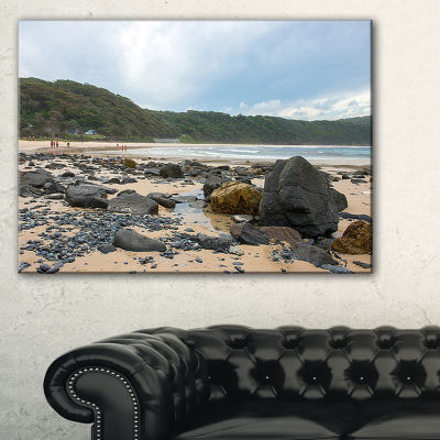 Designart Pretty Beach With Small And Big Rocks Canvas Art