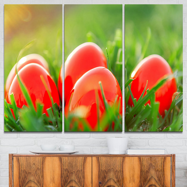Designart Red Easter Eggs In Green Grass 3-pc. Canvas Art
