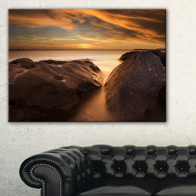 Designart Large Rocks At La Perouse Bridge Canvas Art
