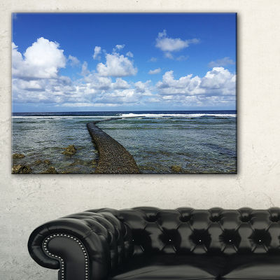 Designart Rocky Coast Along Pacific Ocean Canvas Art