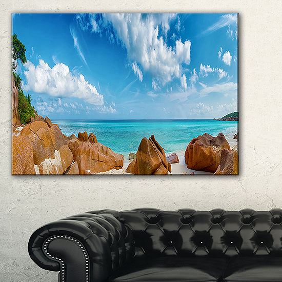 Designart Rocky Seychelles Island Panorama Canvas Art