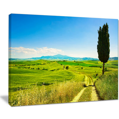Designart Rural Landscape Countryside Farm Canvas Art