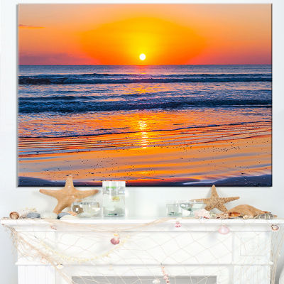 Designart Sandy Sea Beach In Early Morning Canvas Art