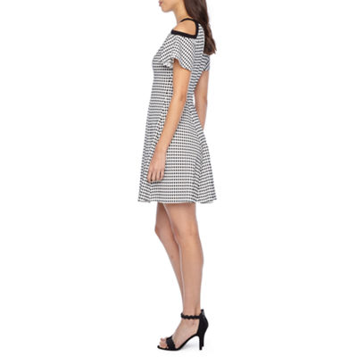 Danny & Nicole Short Sleeve Cold Shoulder Gingham Fit & Flare Dress