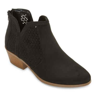 a.n.a Womens Lakewood Block Heel Booties