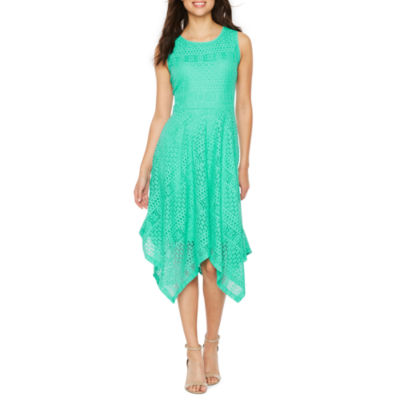 Ronni Nicole Sleeveless Lace Hanky Hem Fit & Flare Dress