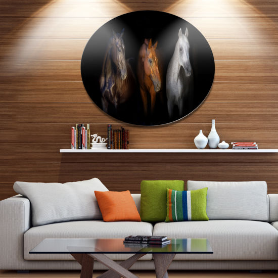 Designart Black Red and White Horses Disc Animal Metal Circle Wall Art