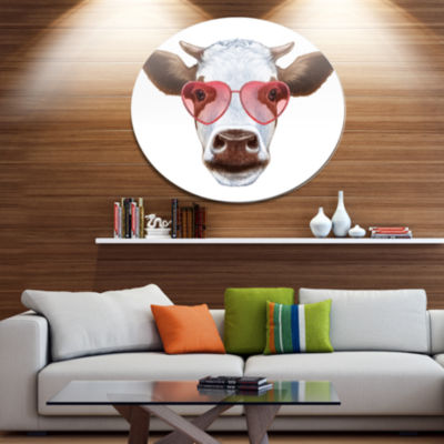 Designart Cow with Red Heart Glasses Disc Animal Metal Circle Wall Decor