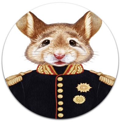 Designart Mouse in Military Uniform Disc Animal Metal Circle Wall Decor
