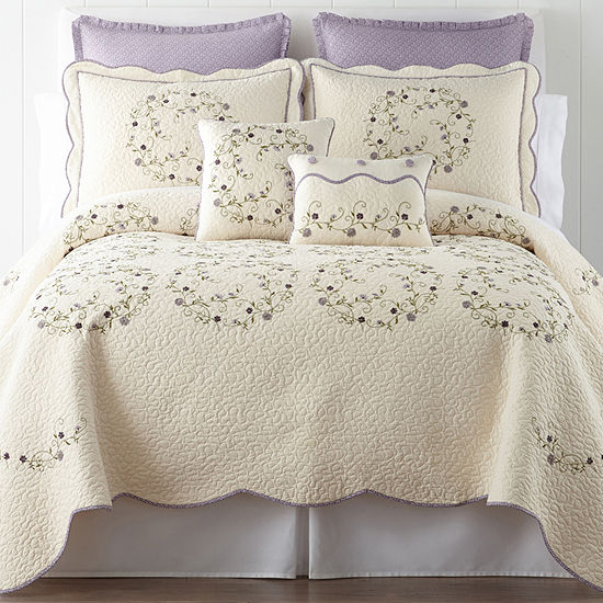 Home Expressions™ Hailey Quilt