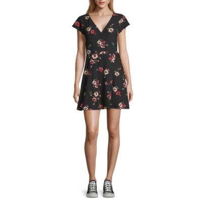 Arizona Short Sleeve Floral Wrap Dress-Juniors