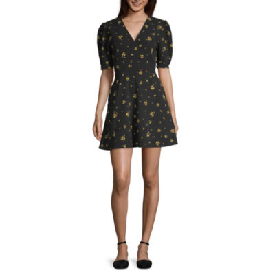 Arizona Short Sleeve Floral Wrap Dress-Juniors