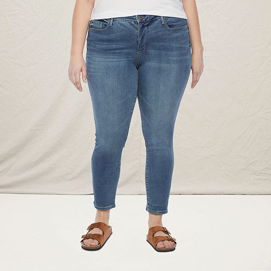 a.n.a-Plus Womens Skinny Jean