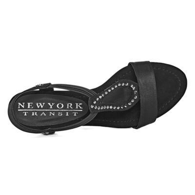 New York Transit Advanced One Womens Wedge Sandals