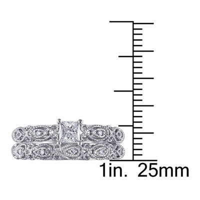 1/3 CT. T.W. Diamond 10K White Gold Bridal Ring Set