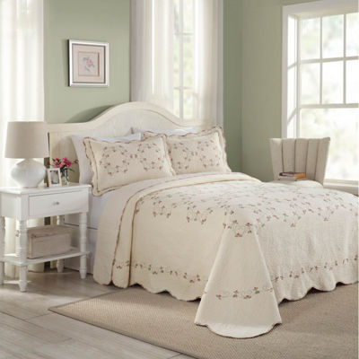 Modern Heirloom Floral Quilted Bedspread