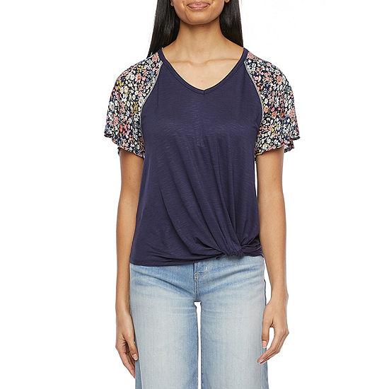 Rewind Juniors Womens V Neck Short Sleeve T-Shirt