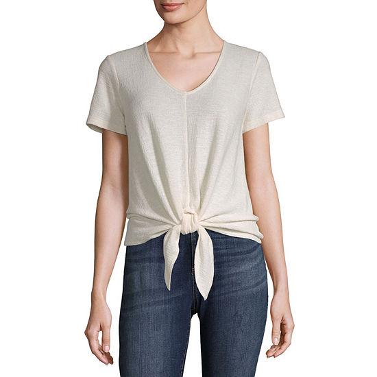 Vanilla Star V Neck Short Sleeve Knit Top-Juniors