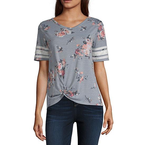 Wallflower-Womens V Neck Short Sleeve T-Shirt Juniors