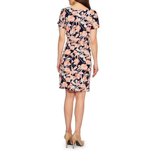 Robbie Bee Short Sleeve Floral Wrap Dress-Petites