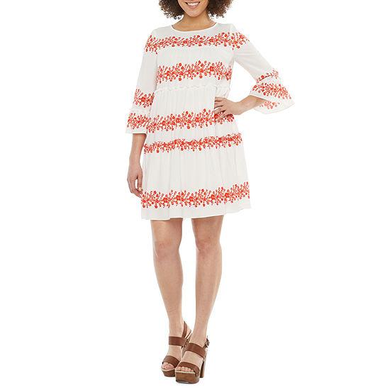 Vivi By Violet Weekend 3/4 Sleeve Floral Shift Dress