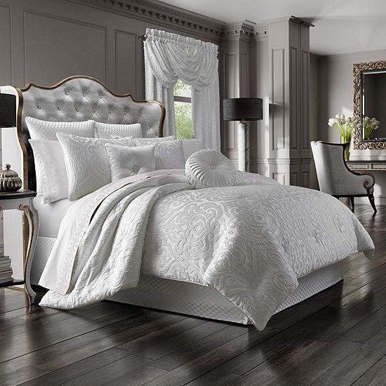 J. Queen New York™ Antonia 4-pc. Damask + Scroll Heavyweight Comforter Set