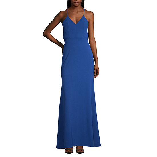 B. Smart Sleeveless Fitted Gown-Juniors