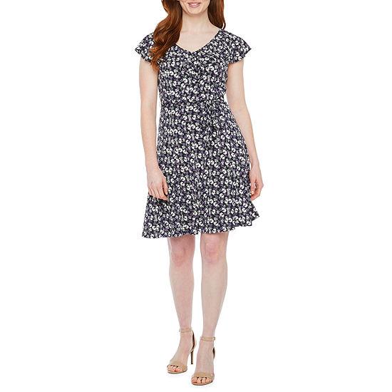 Perceptions-Petite Short Sleeve Floral Puff Print Fit & Flare Dress